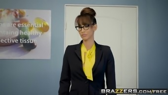 Brazzers - Big Titties at college - A Tip Into the University Nurse s