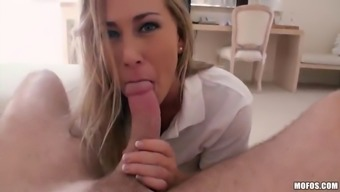 rough sexual intercourse having the great blonde mover sail