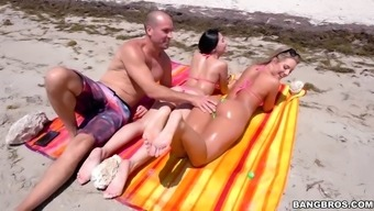 candice dare gets booty and legs simultaneously tarnished with sun prevent