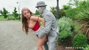 alessandra jane got fucked by the career statue outdoors