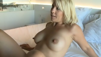 Sweet blonde homemaker is eagerto be absorbed for exciting