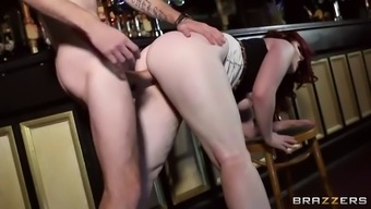 curvy redheaded from gb jaye roze wijn is drilled with the restaurant