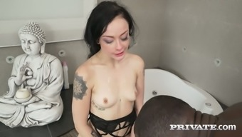 Alessa Mean can handle a big prime manhood in her own pussy quickly and easily
