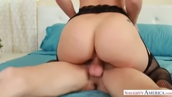 mouthwatering aj applegate gives her one a five be famous fulfill
