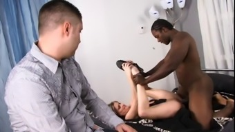 White guy timepiece as his wife gets her pussy fucked & face creamed by maximum stud