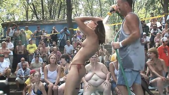 A collection of ridiculous female get bare and begin having dancing lessons for your video camera