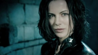 Kate Beckinsale latex ( Underworld one(1) , 2 , 4(four) )