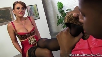 Janet Mason savours feet satisfaction in nylons with greater man
