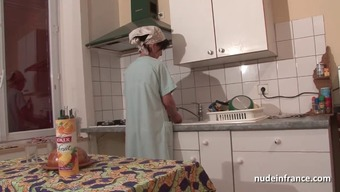 The french language mum seduces young guy with the ass