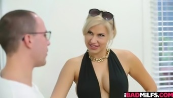 Attractive babe Savana Styles wishes a huge shaft inside her pussy