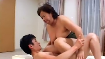 Chinese people Senior woman stage 2