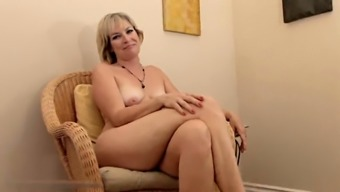 Realy attractive grow older Stefanie from 1fuckdatecom