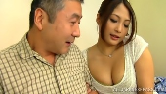 Aoi Miyama brushing her pussy throughout the community train in stockings