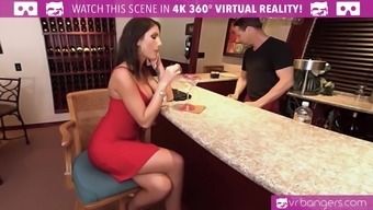 VR PORN-AUGUST AMES Give you a WORLD CLASS BLOWJOB For the Pub