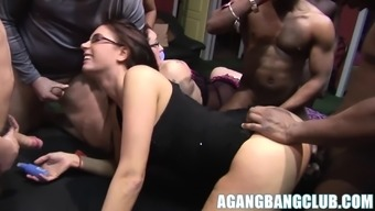 Major boobs Emma Buttocks and Anna nailed in gorgeous gangbang