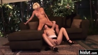 Heated lesbian blondes perform some sixty-nine