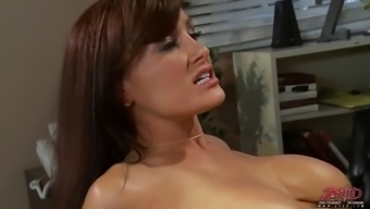 lisa ann attractive lesbian instructor