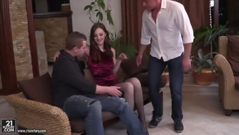 Russian nasty person Irina Pavlova is having filthy sex along with two twisted dudes