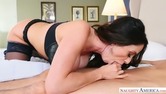 Stunning step mom Ariella Ferrera wakes up her stepson with a good blowjob