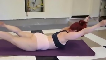 Curvy MILF Workout