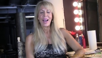 Age girl Erica Lauren refers to her sensual events