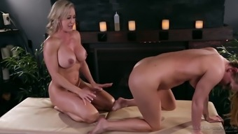 Mover Glide cannot refrain from a fuck by using avid Brandi Completely love
