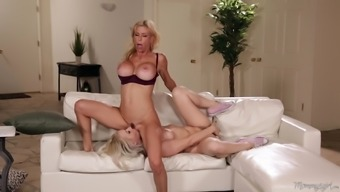 Lexi Belle and Alexis Fawx are blondes yearning to really ravish each other