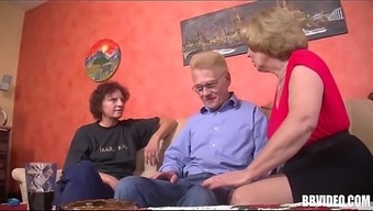 A pair of a language like german grow older slags kissing cock in threesome