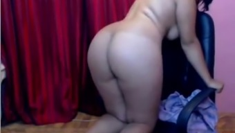 Desi Bengali cam love by using great tits strives to be fucked effectively