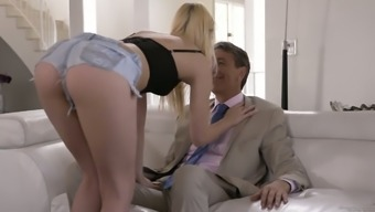 Sizzling light hottie Kenna James seduces her action daddy