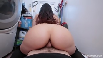 Busty MILF Sheena Ryder rides a cock with her huge ass and gets cum