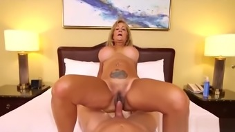Adorable Mom Sandra Seduces Sweet Young Stepson