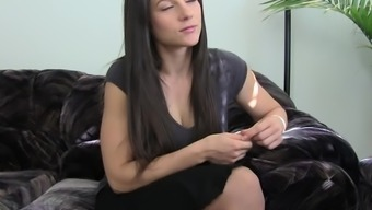 Having Your desired MILF Homemaker Pussy for Fees by using Mandy Flores