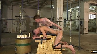 Amateur man enjoys getting his ass fucked by his dirty friend