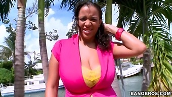 MILF Selena Star with massive tits knows how to pleasure a dick