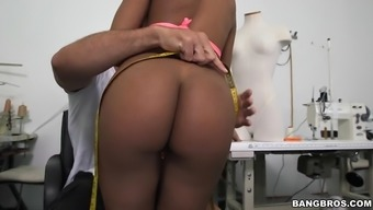 selena adams and aaliyah grey training in the back room for getting a tailored made match