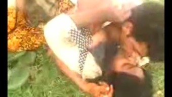 Desi Indian Major Error aunty caught backyard part 3