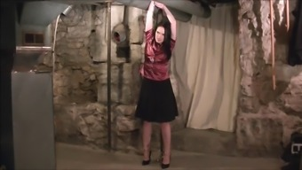 Servitude love-making machine gets her deserved and needed punishment