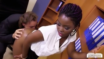 Grimy old supervisor plows his younger ebony secretary