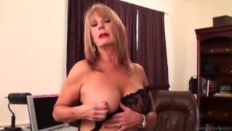 Slutty black Rae Hart mature desires soliciting and twiddling with her sissy vid